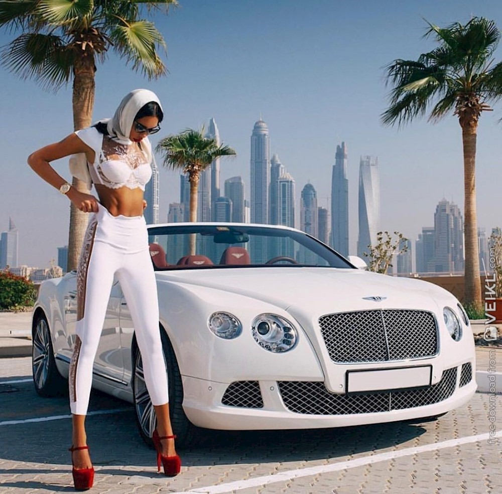 Bentley Continental Girls & Cars Photo